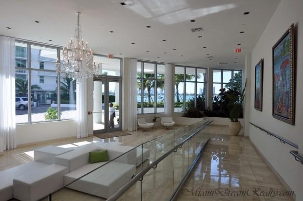 Capri South Beach Lobby
