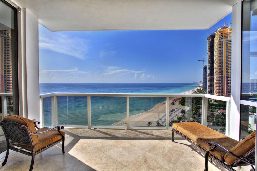 Trump Palace 1705 Sunny Isles Beach