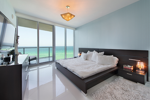 Jade Beach - Master Bedroom