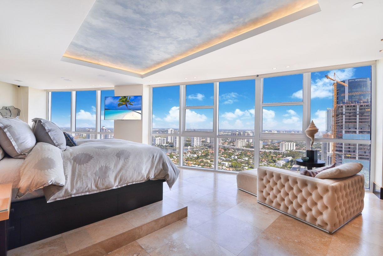 Trump Royale Penthouse 01 Sunny Isles Beach, Florida