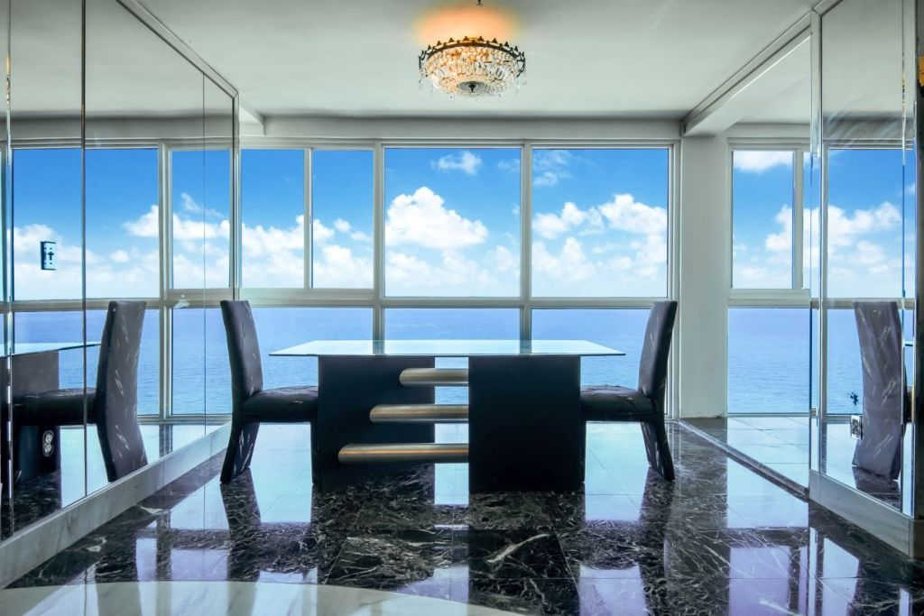 Castle Beach Club Penthouse 04 Miami Beach