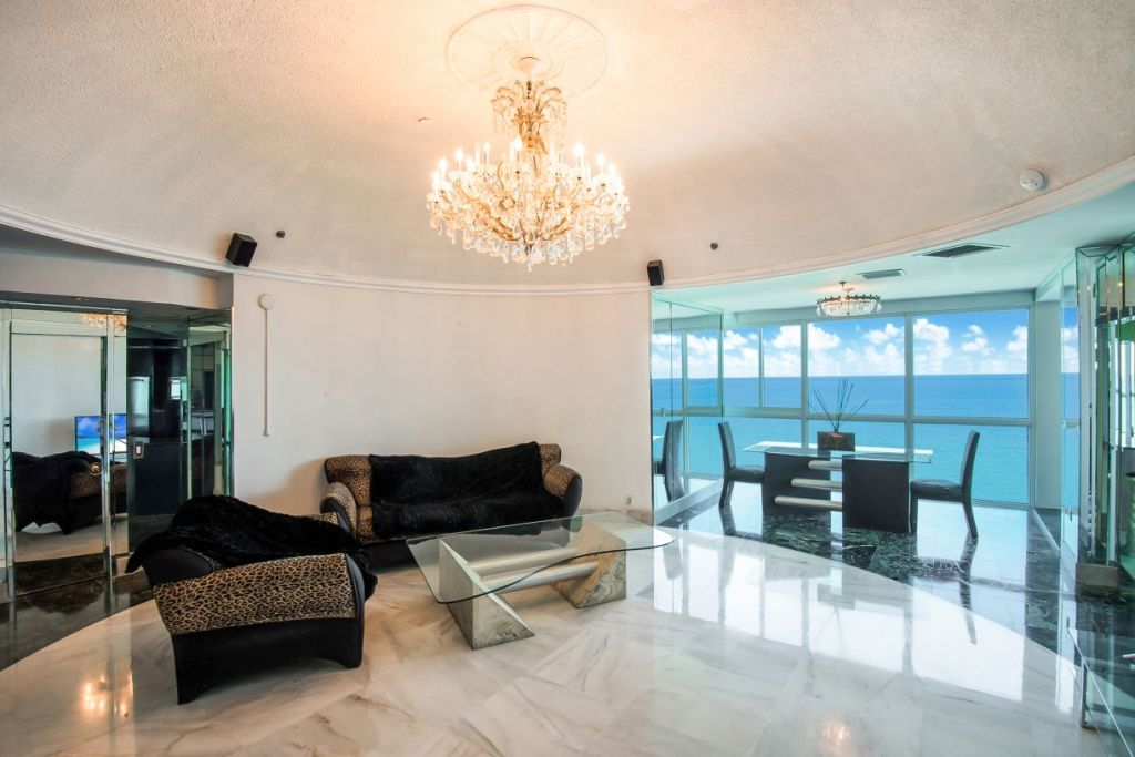 Castle Beach Club Penthouse 04 Miami Beach
