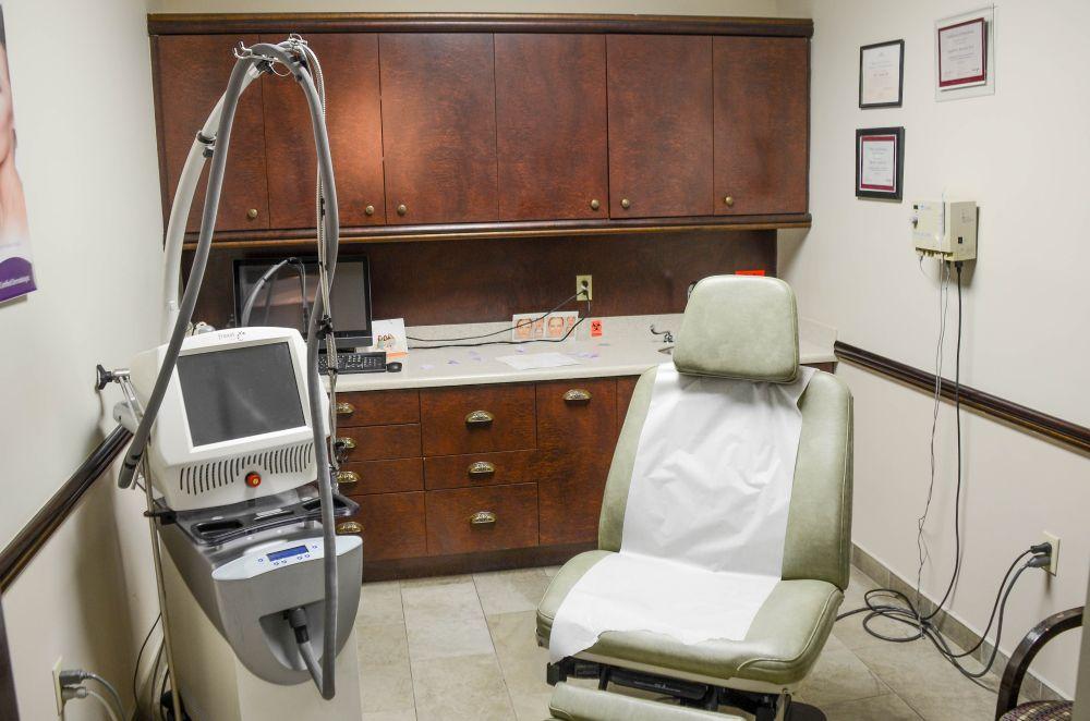 Celebrity Dermatologist in Pinecrest FL