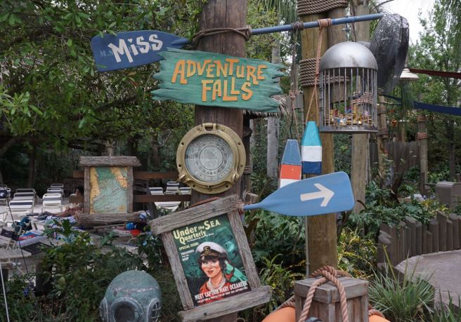 Pictured above: Entrance to Miss Adventure Falls