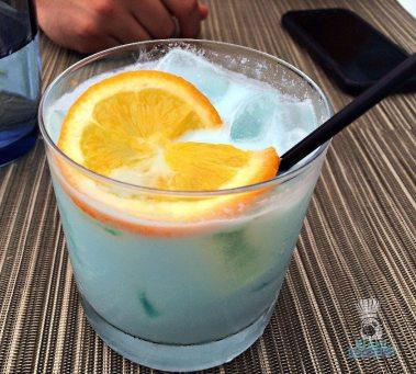 la-mar-coconut-rum-drink