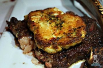 Red's Tomahawk Crab Cake