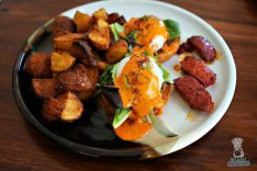 Pinch - Brunch - Eggs Benedict