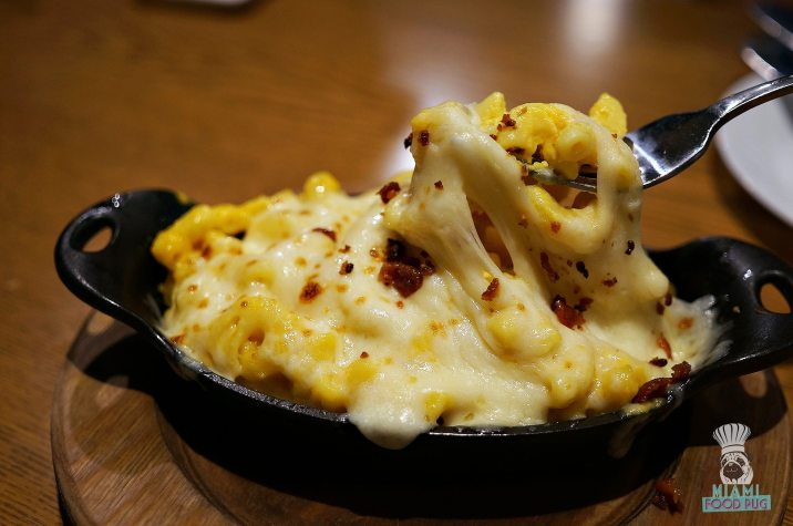 Boca's House - Mac n Cheese with Yellow Pepper