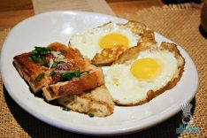 burlock-coast-brunch-pork-belly-and-eggs-2