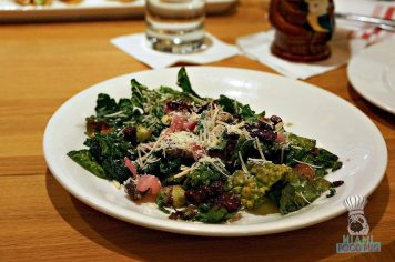 Earl's - Warm Kale Salad