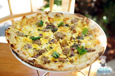 Fi'lia - Brunch - Breakfast Pizza