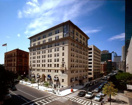 Photo Credit: Loews Boston Hotel