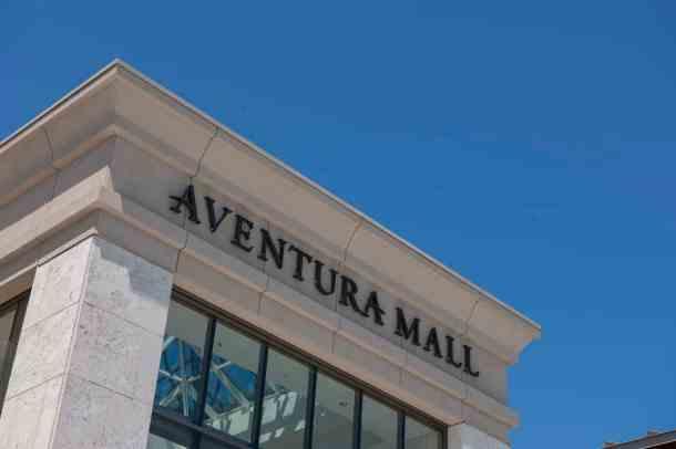 Aventura-Aventura-Mall-Sign-CU