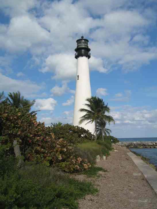 Cape_Florida_Lighthouse_001