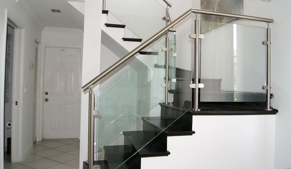 Stairs Glass Railings Stainless Railings Wood   Stairs Railing Designs In Steel And Glass