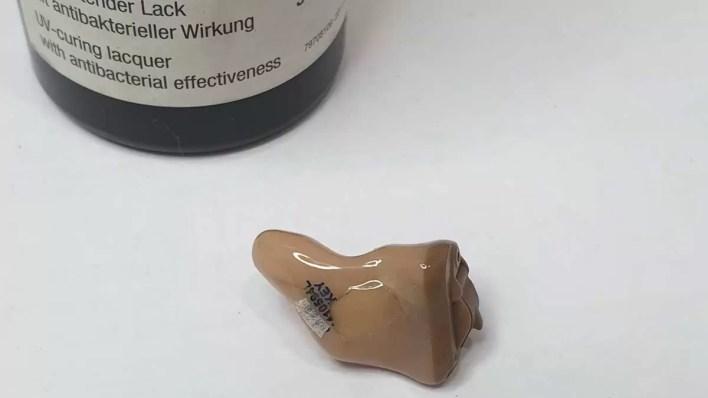 ¿Cómo se repara un audífono? 3