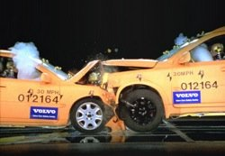 crash_test_volvo_03.jpg