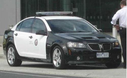 pontiac-g8-police-cruiser