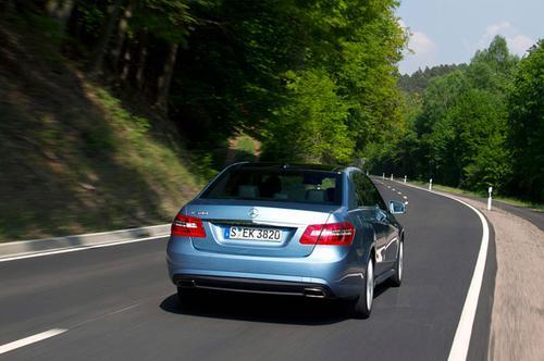 14-2012-mercedes-benz-e550-sport-fd628