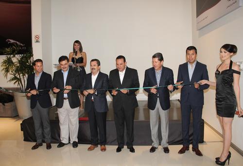 inauguracion jaguar land rover culiacan