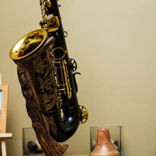Yamaha 82Z custom wood saxophone stand