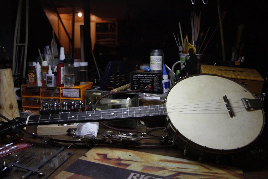 "Vintage ""Art-I-So"" Banjo"