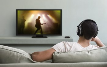 headphones while watching tv