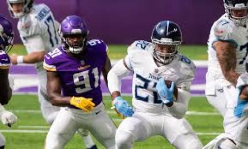 Derrick Henry rushes for 2 TDs in Titans' comeback win over Vikings