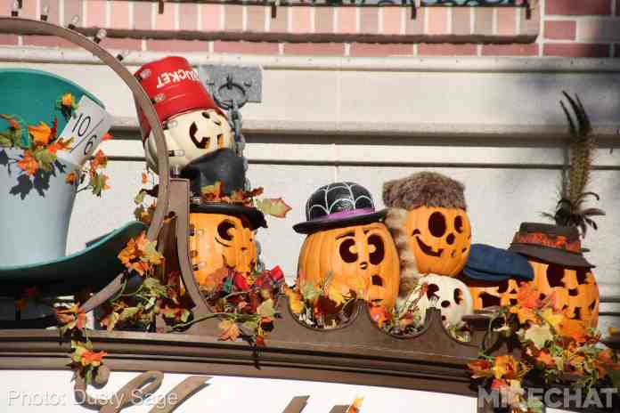 nearly all of the windows feature pumpkins ghosts andor disneyland halloween merchandise