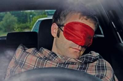 Эксперты назвали жуткую статистику по засыпанию за рулем