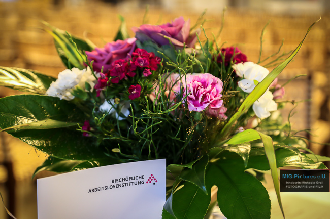 """6D/GALERIE - Erinnerungen an die 30 Jahr-Feier """"Würde und Gerechtigkeit – Menschen in der Arbeitswelt"""" - 17.10.2017 - Veranstaltungsfotografie für die Bischöfliche Arbeitslosenstiftung der Diözese Linz"""