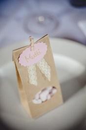 Hochzeitsreportage Schlsos Köngen Hochzeit Fotografin Michaela Klose Deko Gastgeschenk
