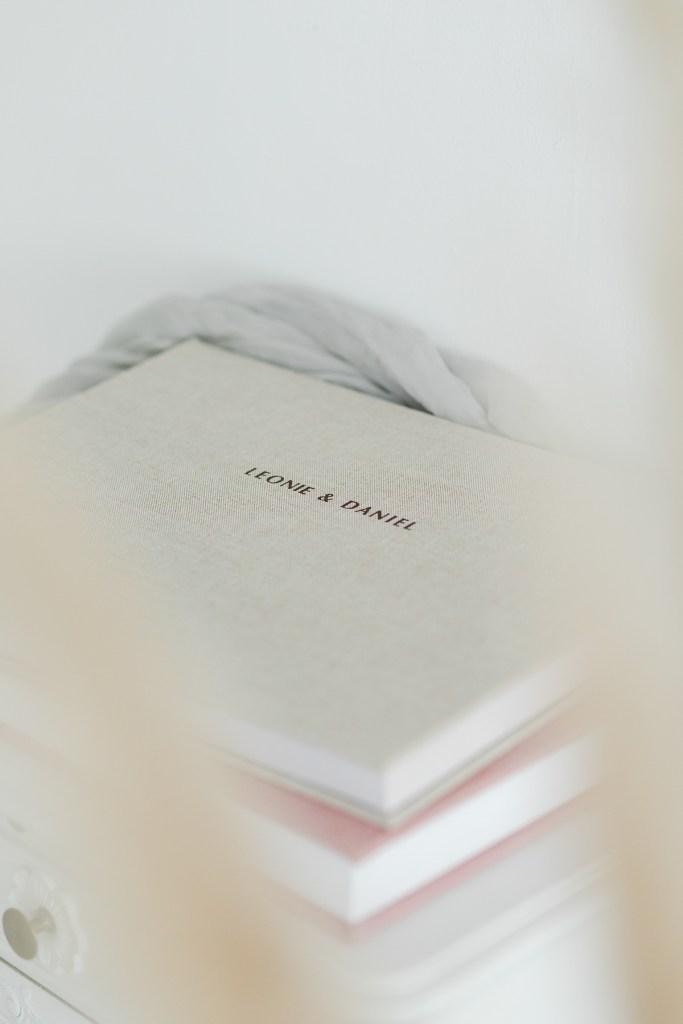 Fotoalbum Hochzeitsalbum Fotobuch Michela Klose Fotograf Hochzeitsfotograf Leinenbuch