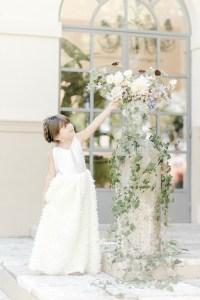 Blumenmädchen zur Hochzeit
