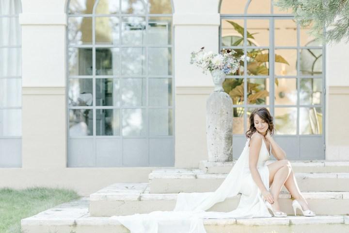 Braut Seidenkleid Treppe
