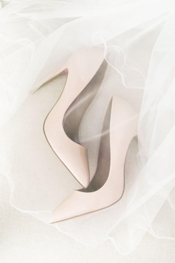 Brautschuhe Fine Art Hochzeit Deutschland Michaela Klose Hochzeitsfotografin