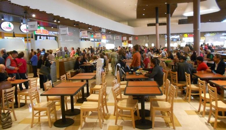 Fontanar food court