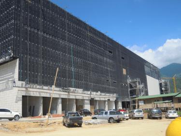 Backside of the soon to open Gran Estación mall in Ibagué. October 2013