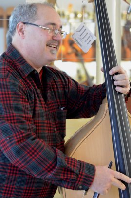Mike Asetta - so many basses - hand selected Strunal