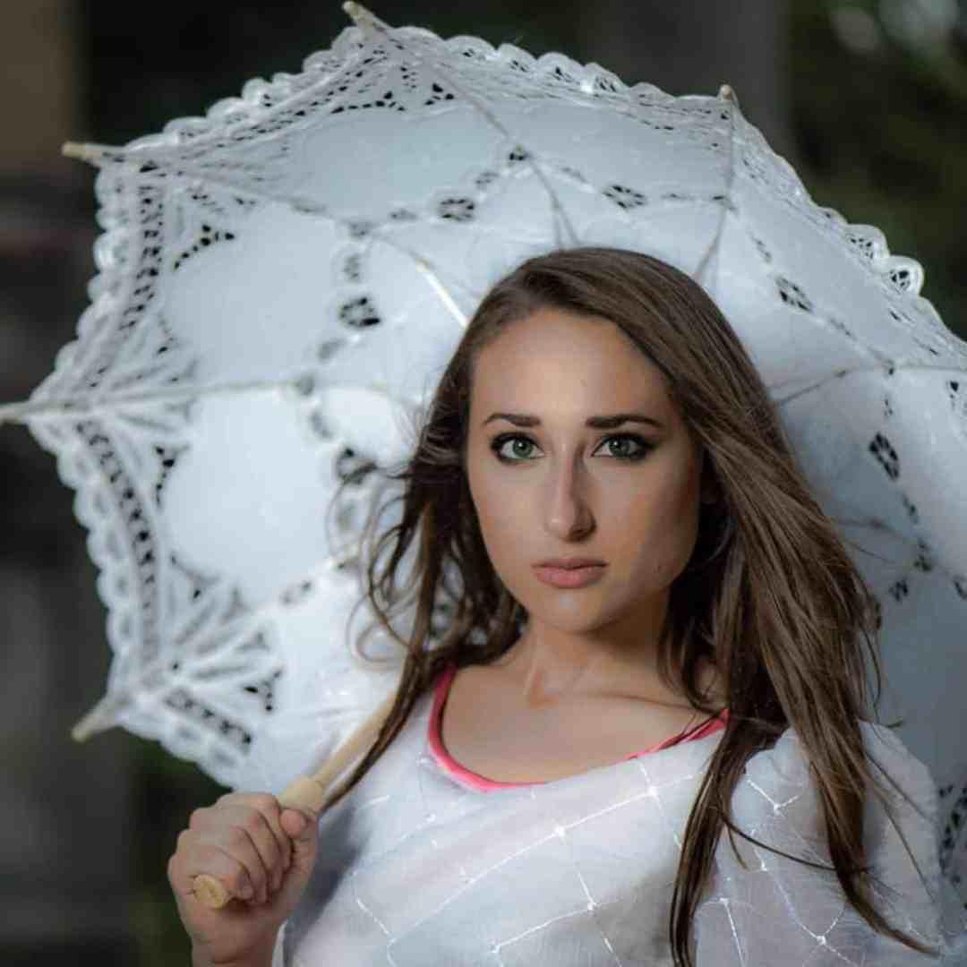 Portrait & Wedding Photographer in Natchez. Creative Portrait of Betsy Daggett.