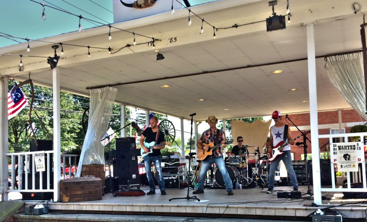 Independence Home Days - Michael Christopher Band