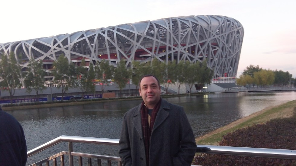 Michael in front of the Birds Nest