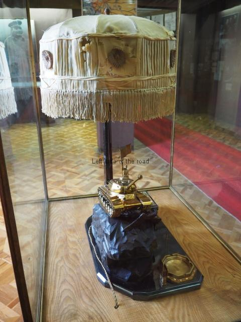 Stalin tank lamp