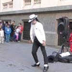 maxresdefault 1 - Michael Jackson en la peatonal de Rosario