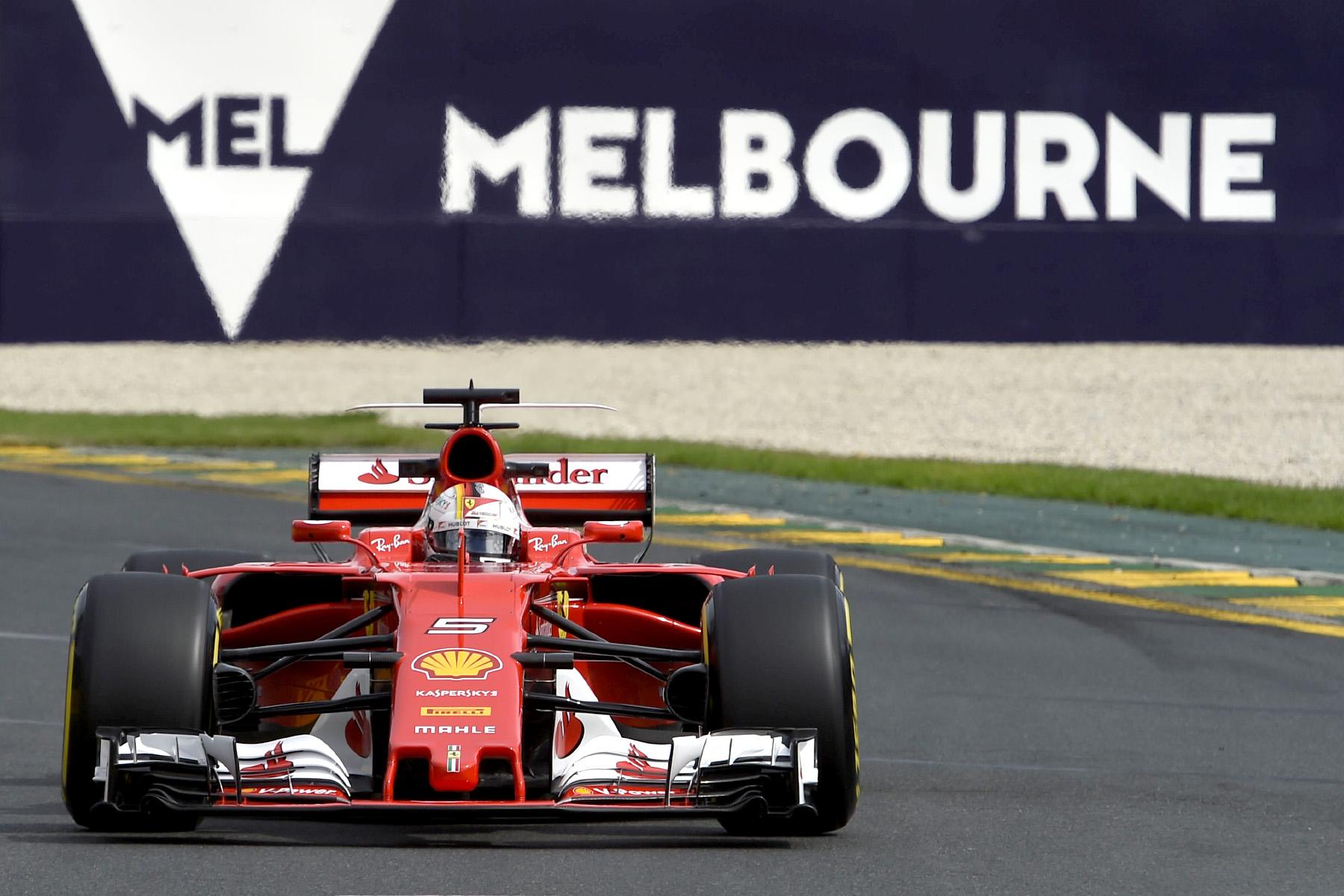 Vettel victorious in Victoria