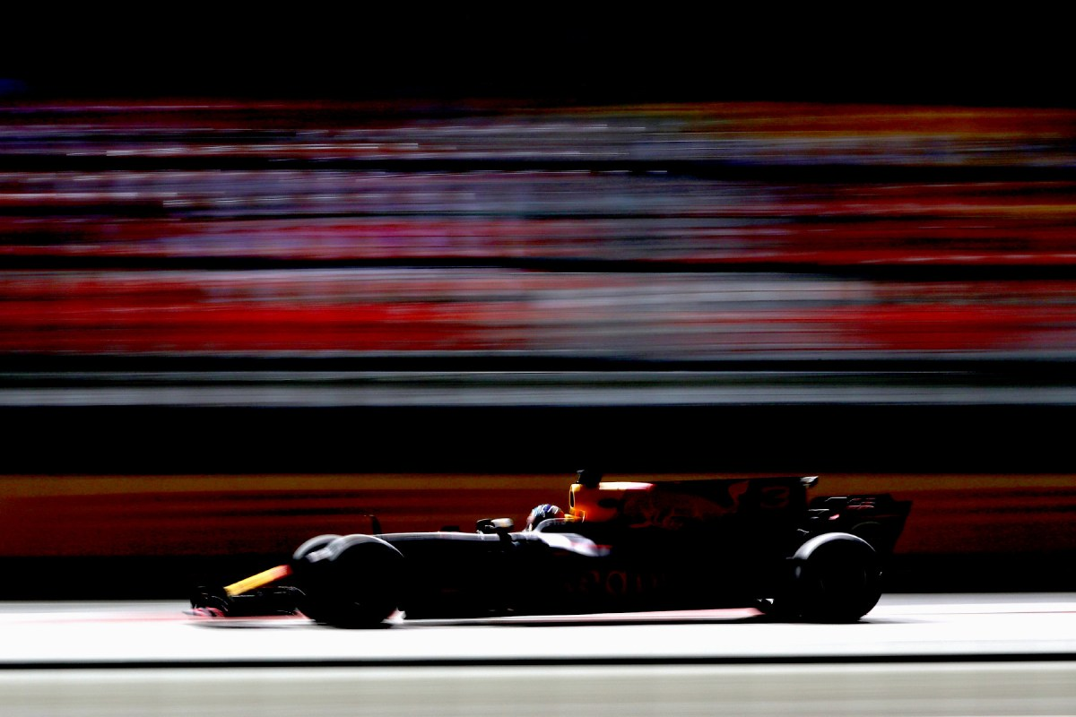 Daniel Ricciardo on track for practice at the 2017 Singapore Grand Prix.