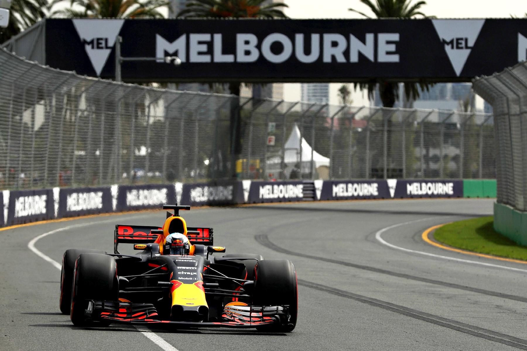Daniel Ricciardo on track at the 2017 Australian Grand Prix.