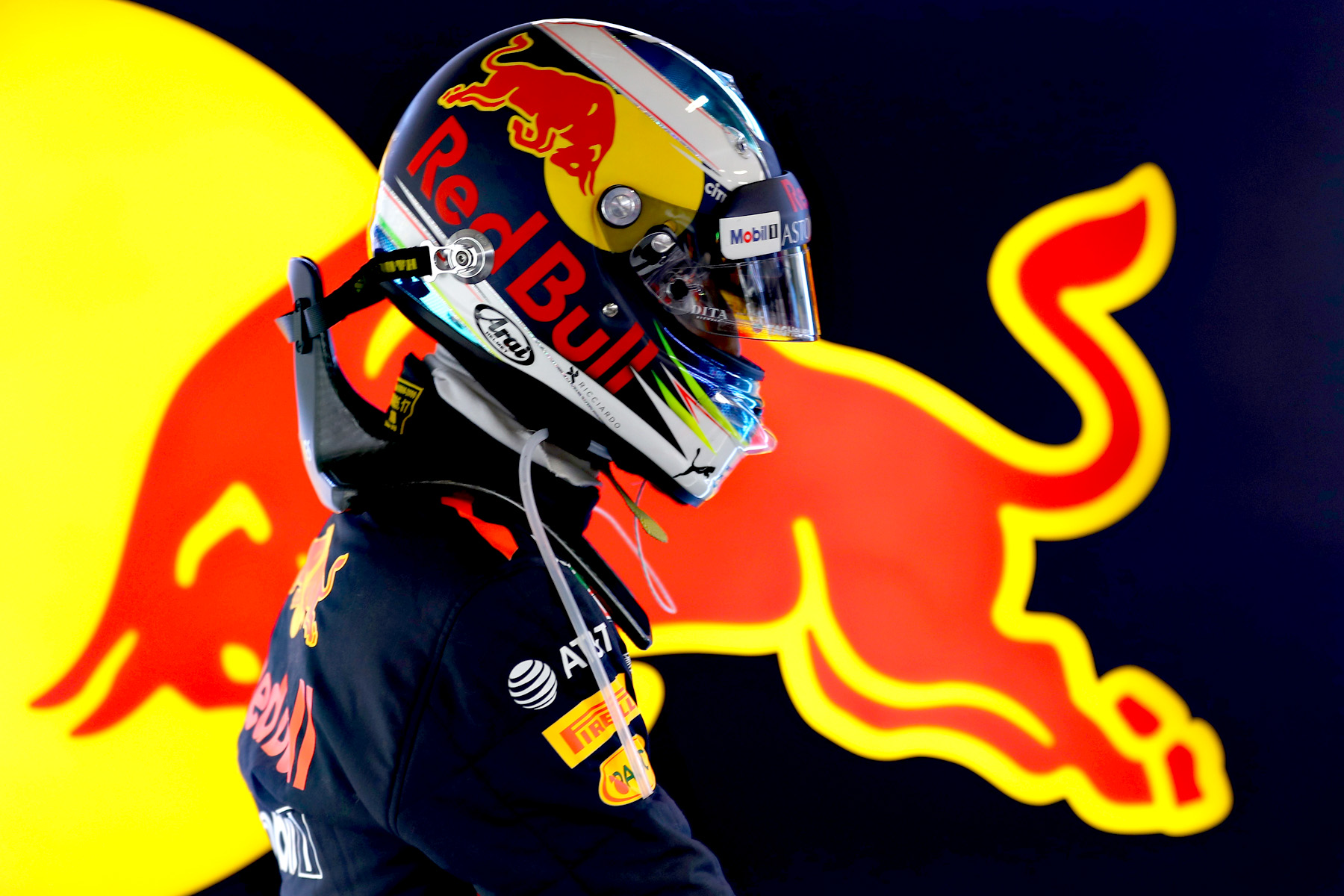 Daniel RIcciardo in his garage at the 2018 Chinese Grand Prix.