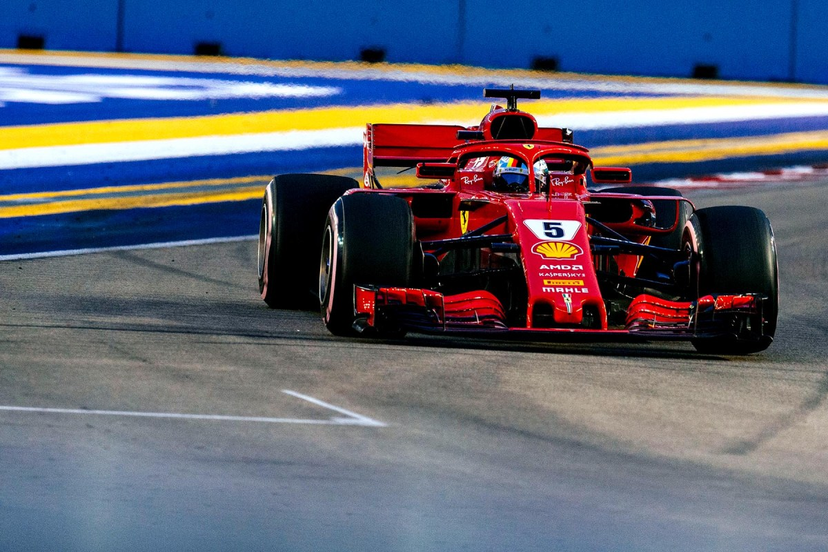 Sebastian Vettel on track during qualifying for the 2018 Singapore Grand Prix.