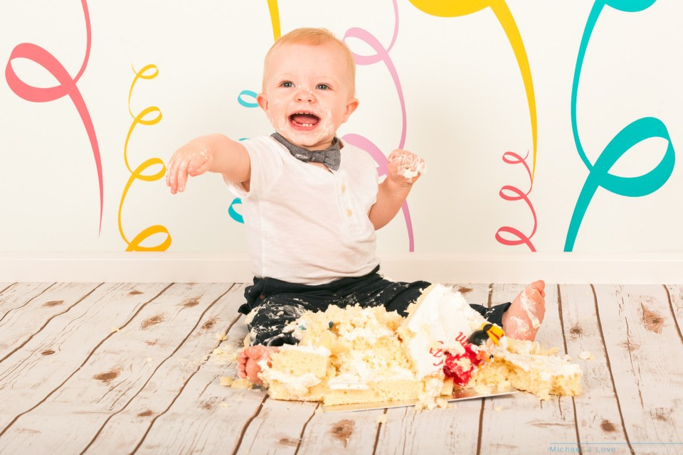 Sam's Cake Smash Baby Photographs